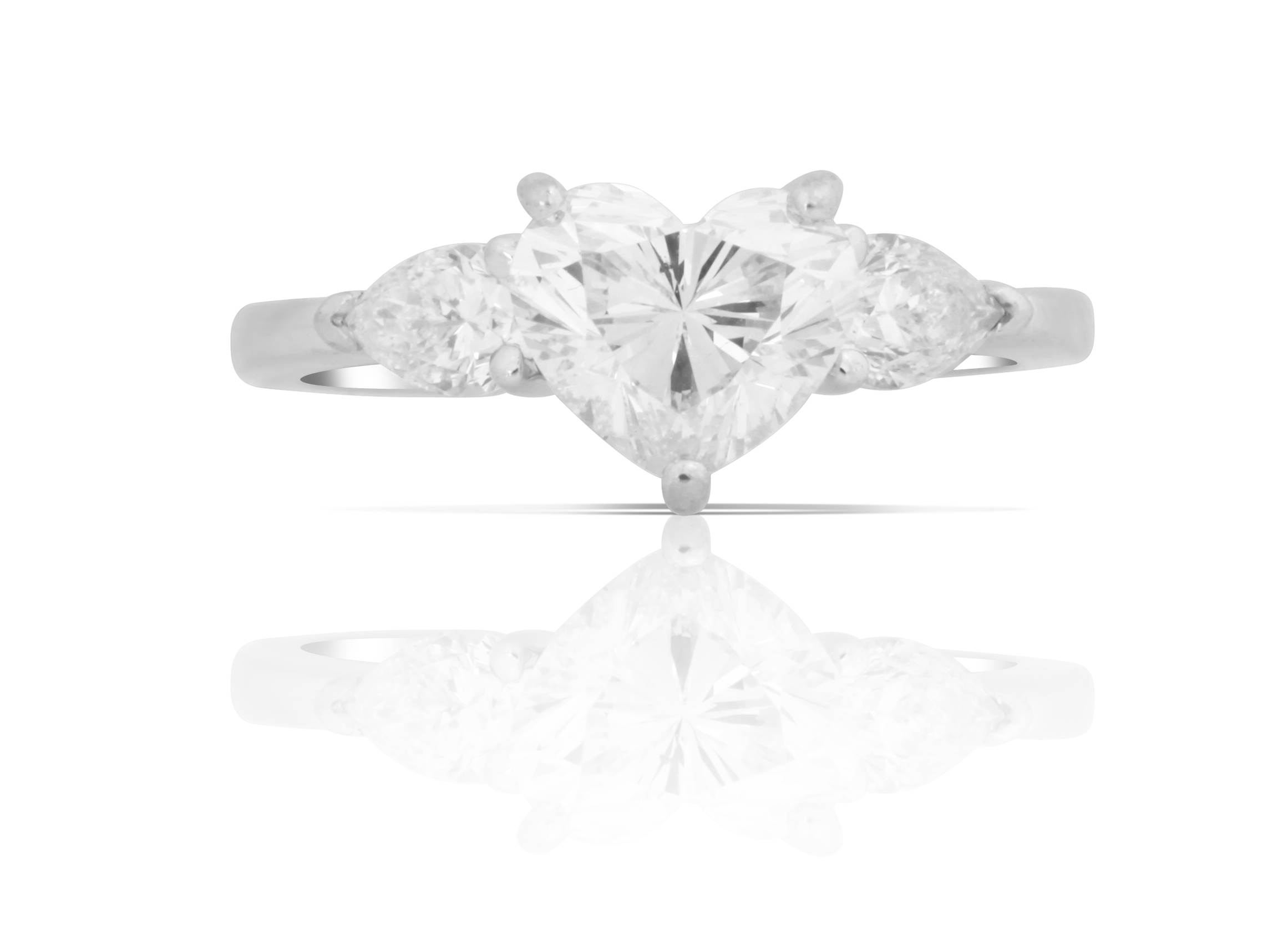 1CT Heat Shape Diamond Ring
