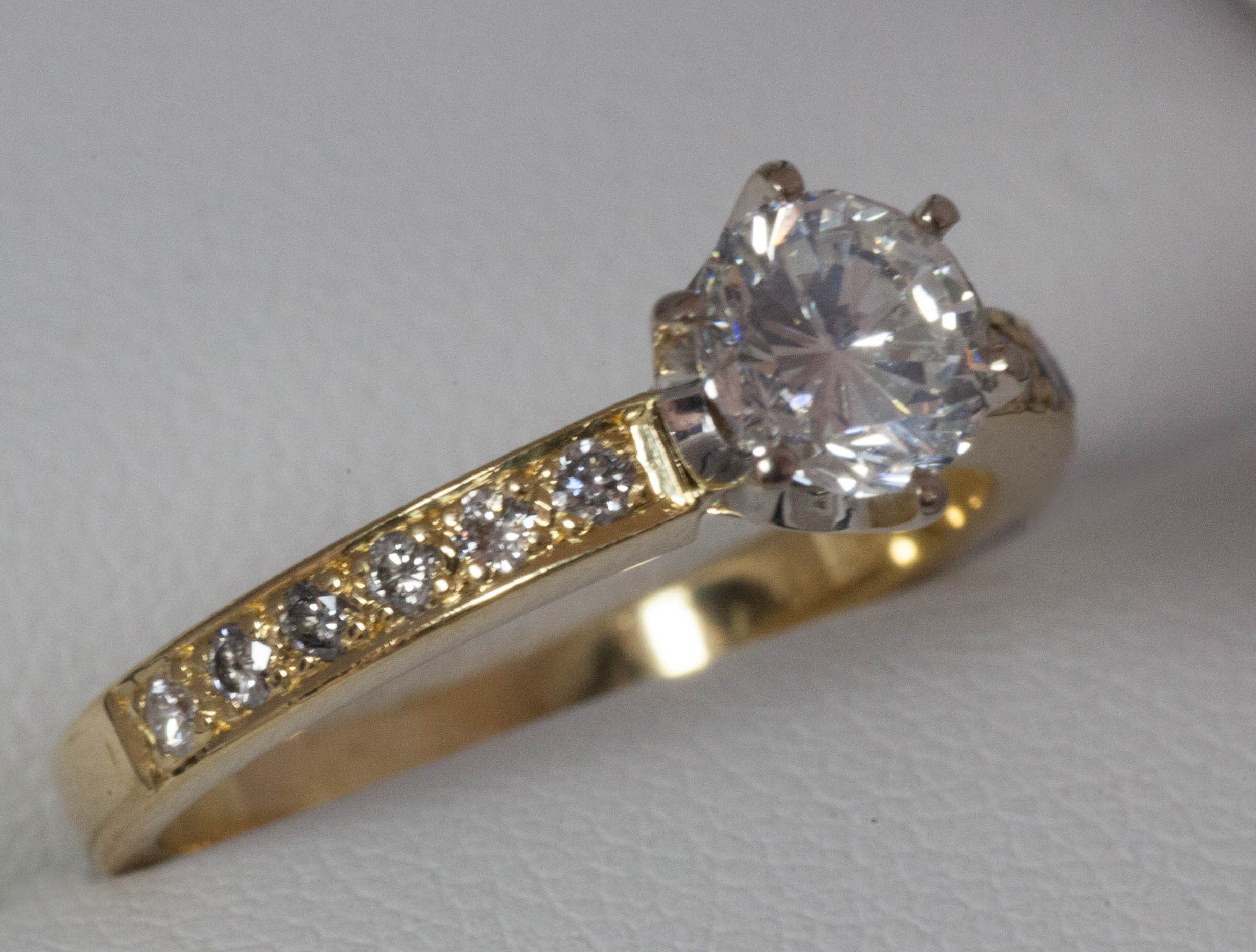 s ripka ring or engagement quartz judith move enlarge over your rings click image diamond mouse champagne to